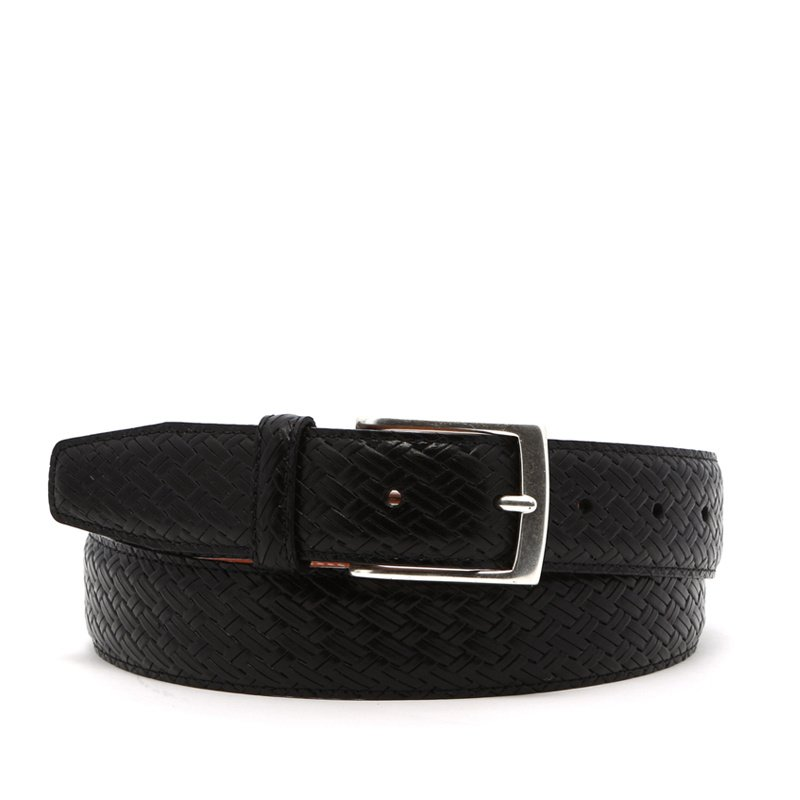 Basket Weave Textured Leather Belt in Basket