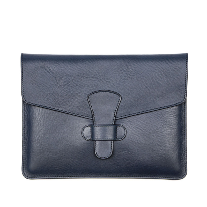 iPad Case  in Smooth Tumbled Leather