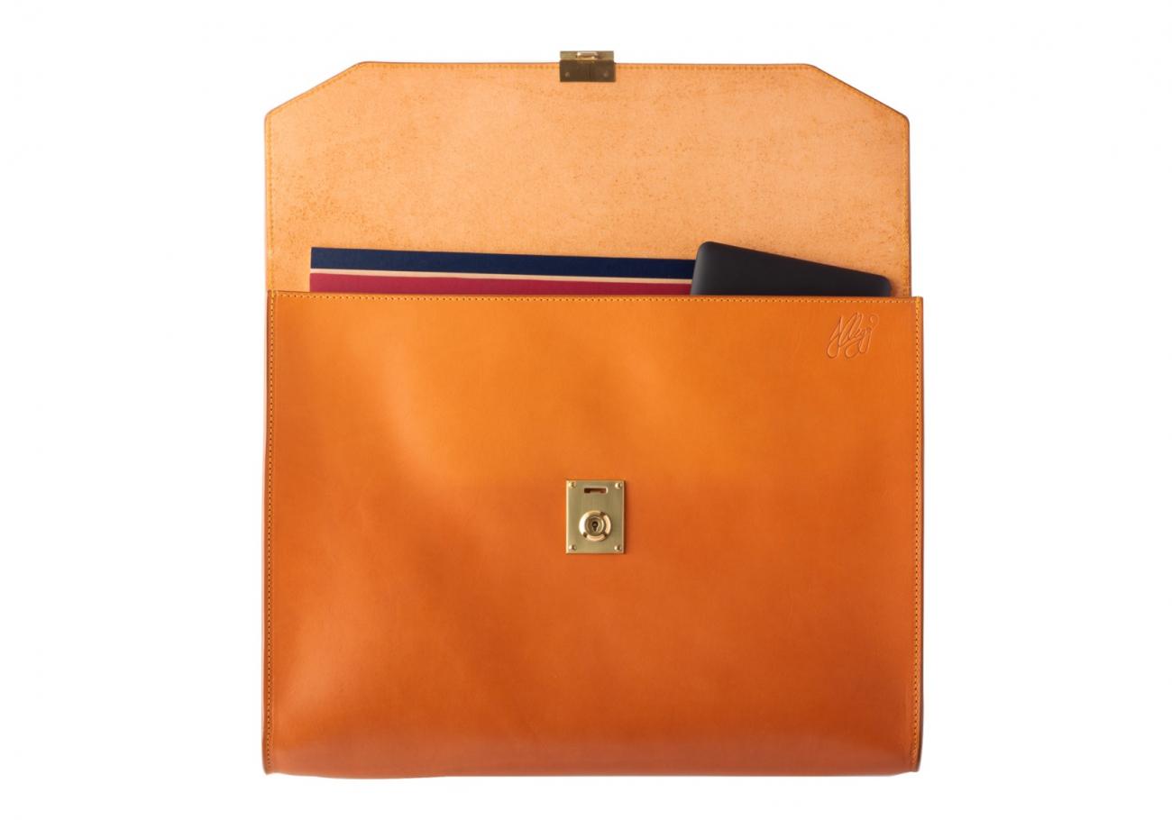 Wrap Around Leather Lock Portfolio Tan5 2