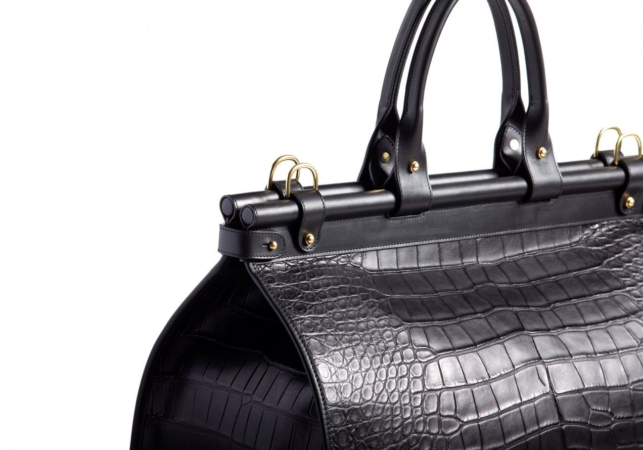 American Alligator Carpet Bag Black2