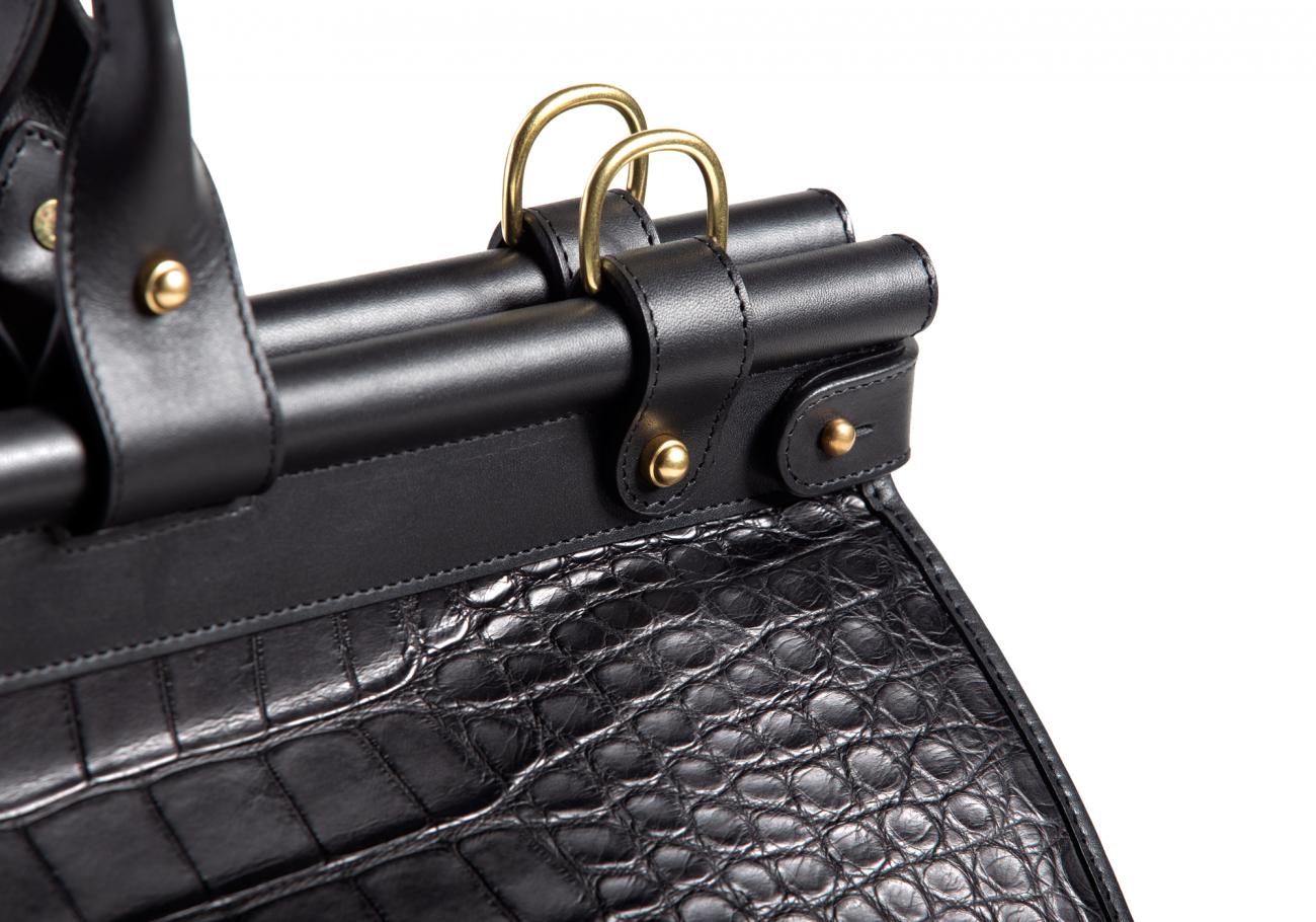 American Alligator Carpet Bag Black3