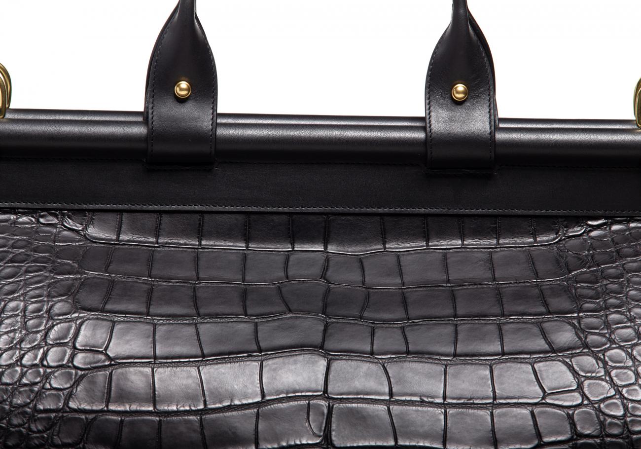 American Alligator Carpet Bag Black7