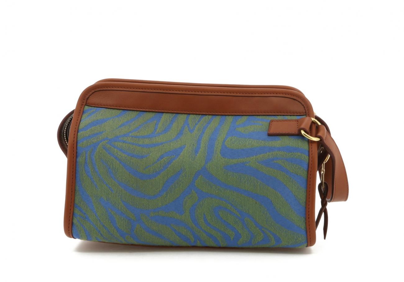 Blue Green Animal Print Canvas Lg Travel Kit B