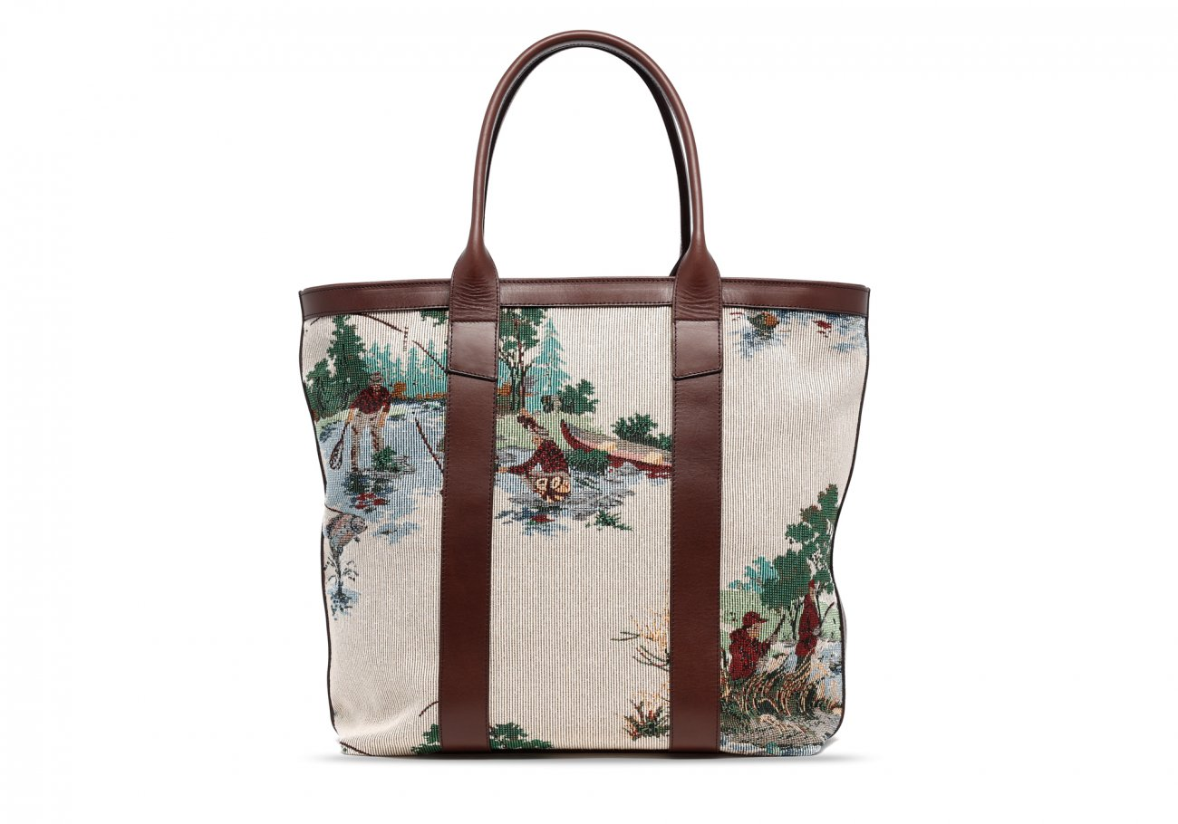 Tall Tote Outdoor Tapestry4