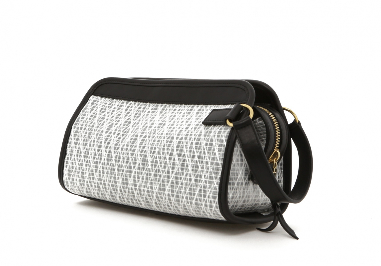 White Weaved Sail Cloth Travel Kit C 1