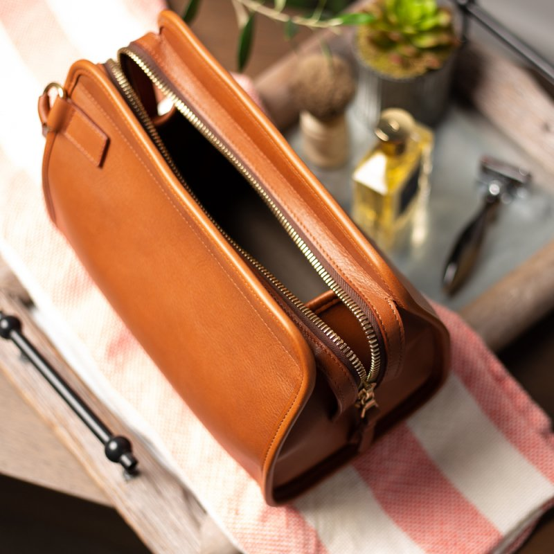 Large Travel Kit  in Smooth Tumbled Leather