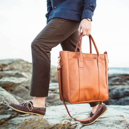 Commuter Tote in Smooth Tumbled Leather