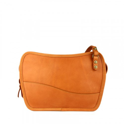 Lilly Shoulder Bag in Smooth Tumbled Leather